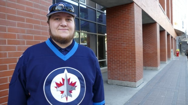 Graeme Fortlage is getting hockey fans from around North American to help shepherd a Winnipeg Jets jersey with his late friend's name on it to all 31 NHL arenas.