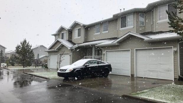 Edmonton experienced its first snowfall of the season Tuesday morning.