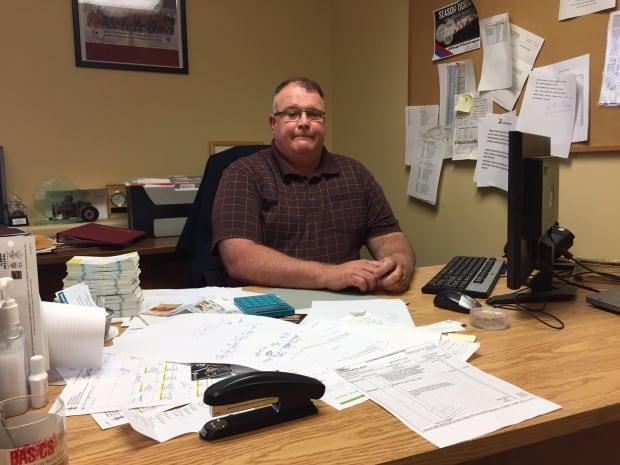 Paul MacDonald, Centre 200 manager