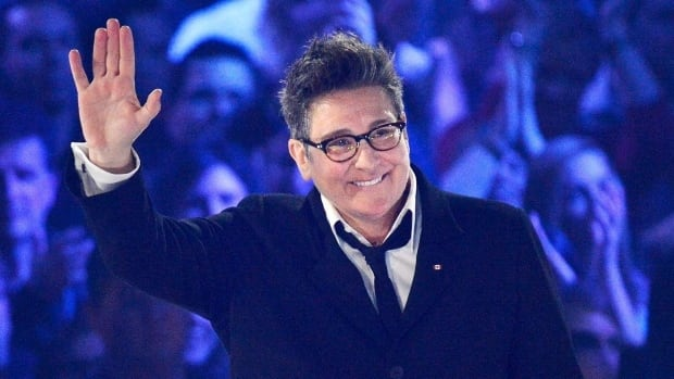 A k.d. lang concertgoer in Sydney, N.S., says he paid nearly double the price of a ticket to the singer's recent show when he used what he thought was an online ticket seller for Centre 200.