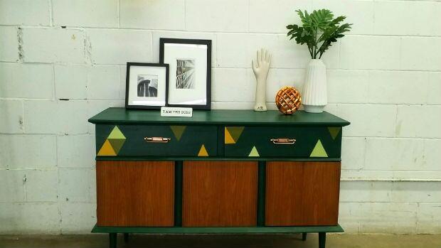 Repainted dressor