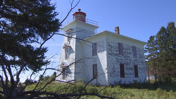 Blockhouse Lighthouse needs immediate repairs, says a local community group.