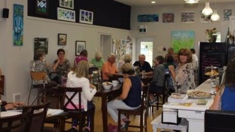 New Minas café makes bid to turn empty lot into 'artsy' community hub