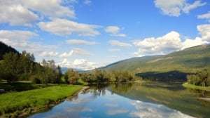 A bright sunny day in the Lower Shuswap river valley