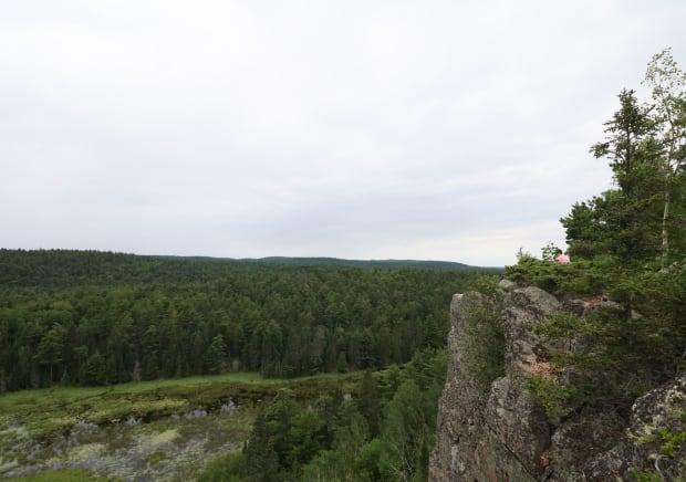 hiking calabogie eagle's nest trail madawaska