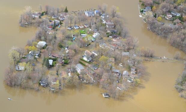 flood ile mercier bizard island