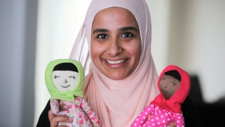 'It was just really touching': Mystery donor gives this Milton mom 25 handmade hijabi dolls