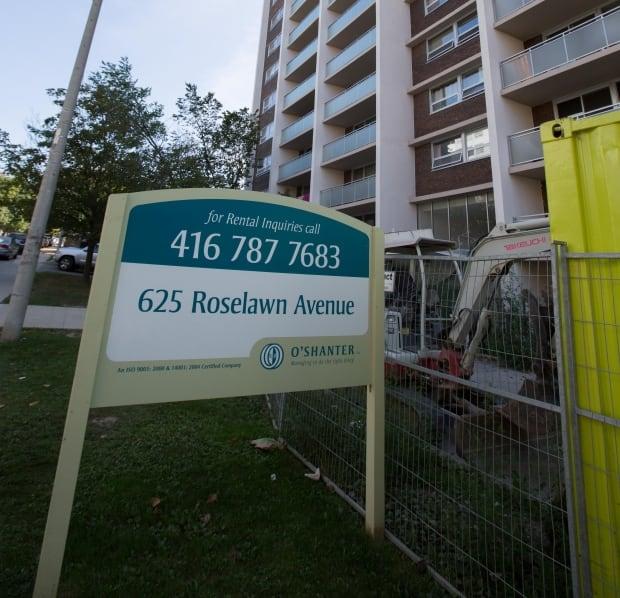 625 Roselawn Avenue