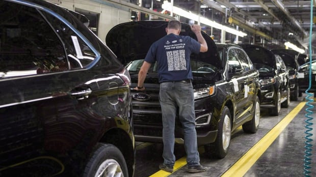 Ford Motor Company is unveiling its new Edge ST line that will be made at its assembly plant in Oakville, Ont., and exported to 100 countries.
