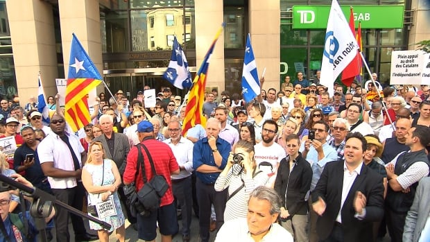 About 300 people gathered in Downtown Montreal to demonstrate for Catalans right to vote in the referendum set for Oct. 1, as tensions escalate in Spain.