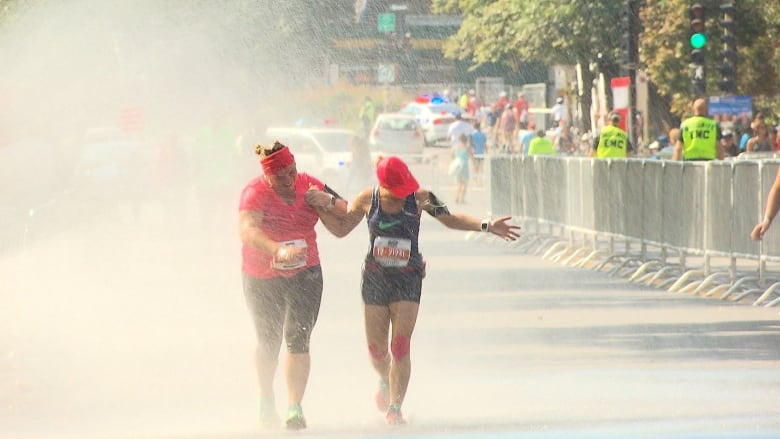 Hundreds require medical attention during steamy Montreal half-marathon