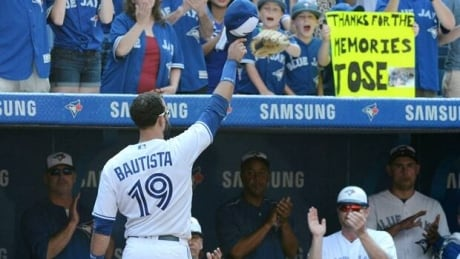 Jose Bautista salutes Toronto crowd in Rogers Centre send off