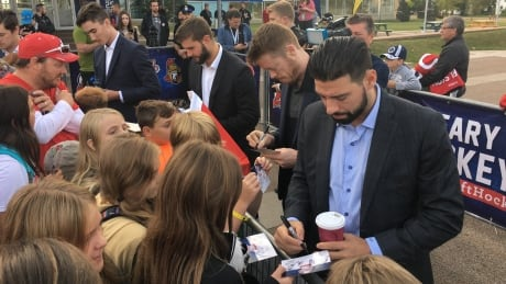 Red carpet ready: NHL players hit the ice for Hockeyville