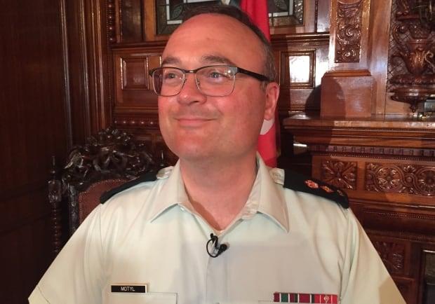Lt-Col Mike Motyl