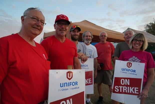 Striking GM CAMI workers awaiting response to contract proposal