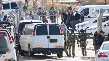 Palestinian gunman kills 3 Israeli guards at West Bank settlement, Israeli police say