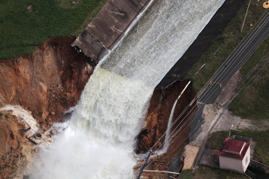 Puerto-rico-maria-dam-broke