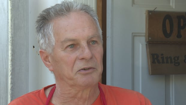 Larry Henderson