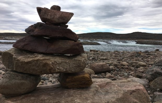 Inuskshuk in Iqaluit