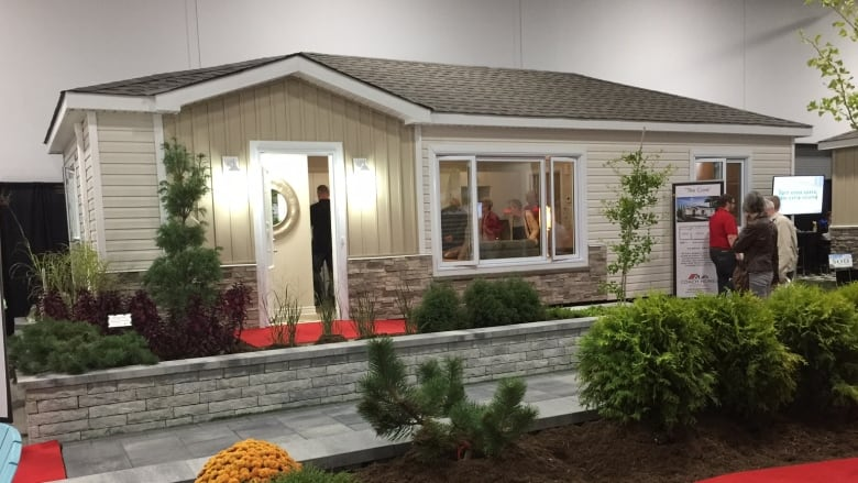 Coach Homes Of Ottawa Is Leasing 468-square-foot Coach