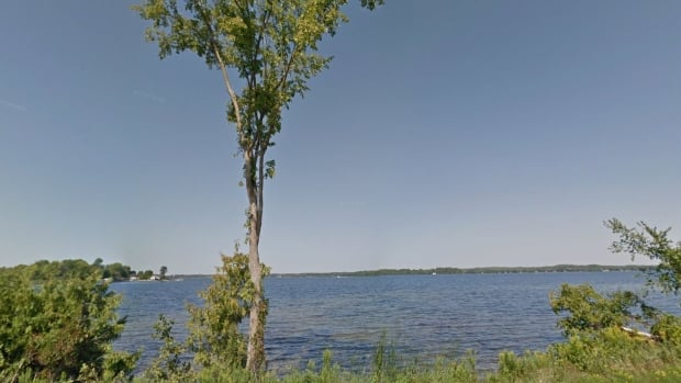 OPP search for two missing canoeists