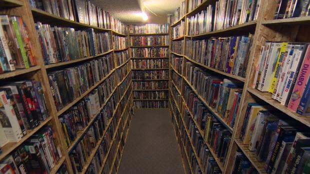 Adam Malik movie collection
