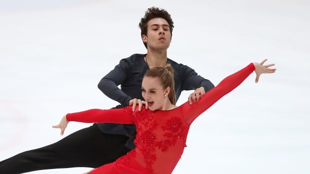 Ellie Fisher and Simon-Pierre Malette-Paquette perform their short dance at the 2017 Junior Grand Prix in Zagreb, Croatia.