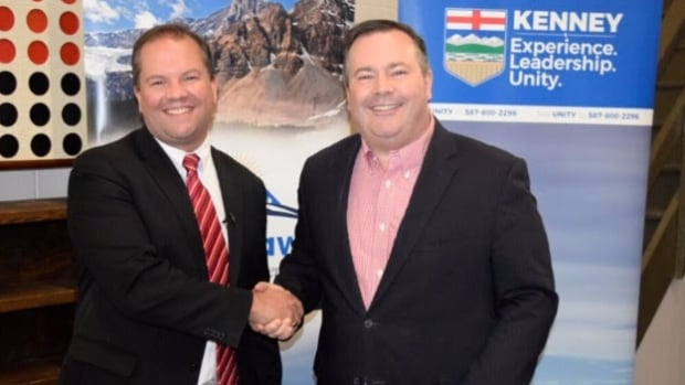 Wes Taylor throws in support of Jason Kenney