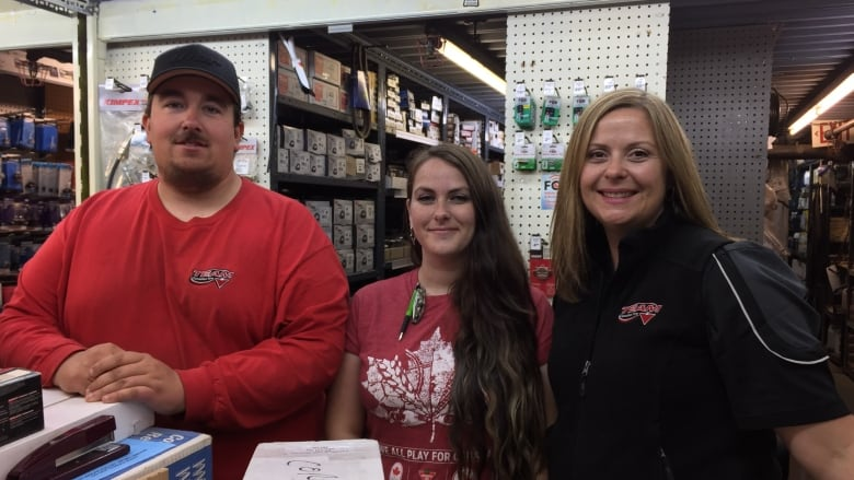 Nipigon, Ont , store is smallest Canadian Tire in Canada | CBC News