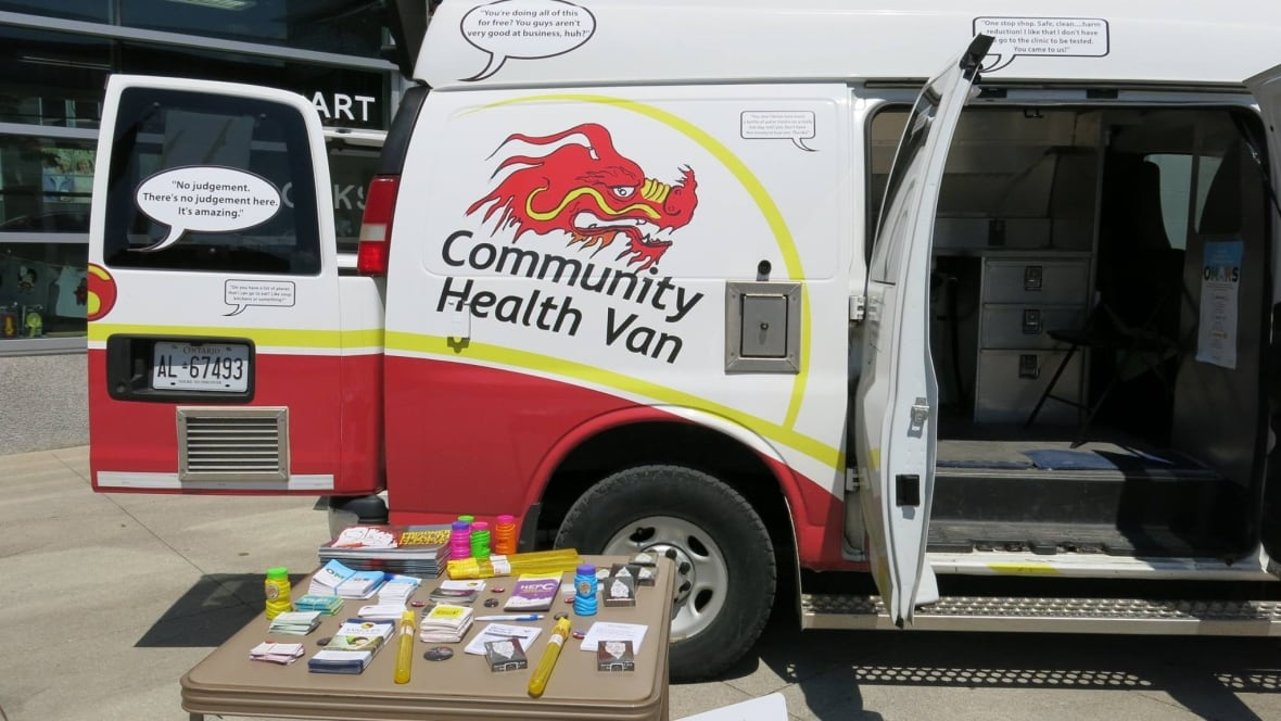 community health van rolling into guelph to help. Black Bedroom Furniture Sets. Home Design Ideas