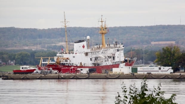 The CCGS Hudson was towed to the Canada Centre for Inland Waters in Burlington, Ont., after months of delays.
