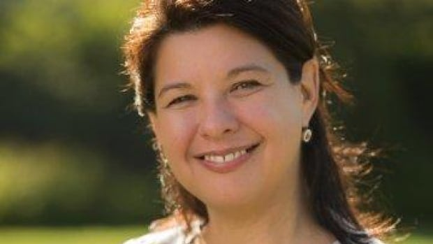 Debbie Reid, a former adviser to Assembly of First Nations National Chief Phil Fontaine, was named the new executive director of the National Inquiry into Missing and Murdered Indigenous Women and Girls on Oct. 6, 2017.