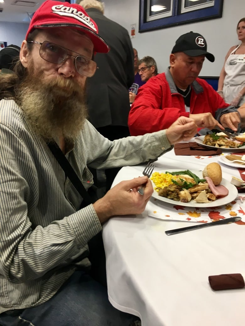 Ottawa Richard Mcguire Photo: Thanksgiving Feast At Ottawa Mission Serves Thousands