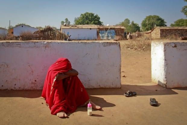 INDIA/