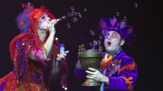 The Underwater Bubble Show, from Latvia, features a blend of circus and soap bubbles.