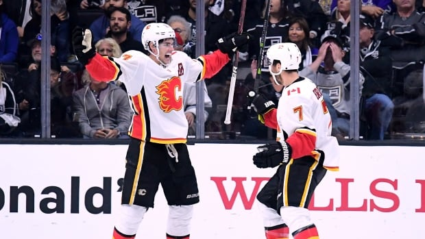 Calgary Flames centre Sean Monahan's second goal of the season was the difference maker in the team's 4-3 overtime win over the Los Angeles Kings on Wednesday.