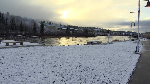 The Yukon River flows onward into winter.