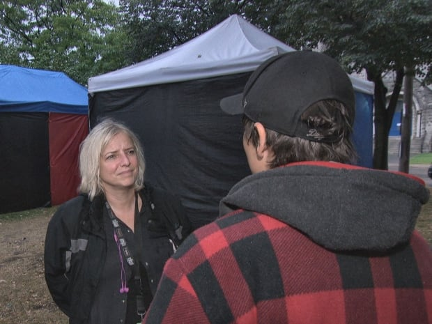 Amanda Pfeffer talks to heroin addict trying to get clean.
