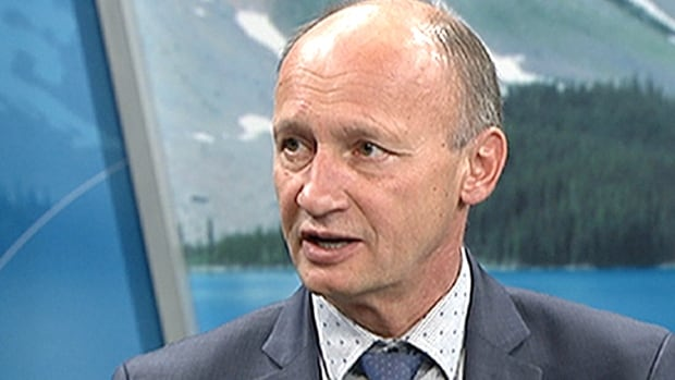 Andre Chabot told CBC News at 6 that despite low poll numbers, he is still running to win the mayor's seat.