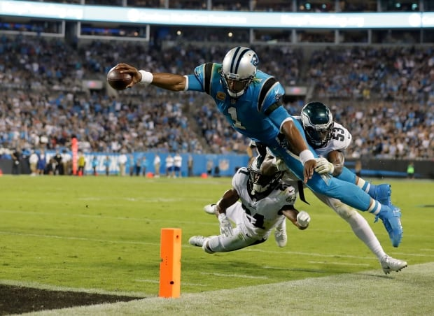 Panthers-Eagles-12102017
