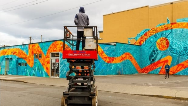 Luke Ramsey invited 10 other artists from Victoria, Kelowna and London, Ontario  to collaborate on this mural in the North Park neighbourhood.