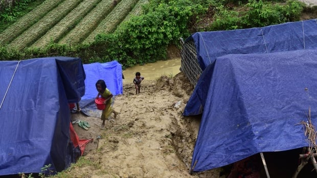 Around 900,000 Rohingya have fled to Bangladesh from Myanmar. Many are staying in refugee camps.