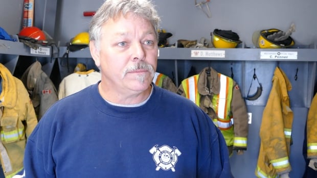 Kelly Crosson, chief of the Whitehead Fire Department, said firefighters arrived at the scene within 10 minutes and pulled the girl from the well shortly after.