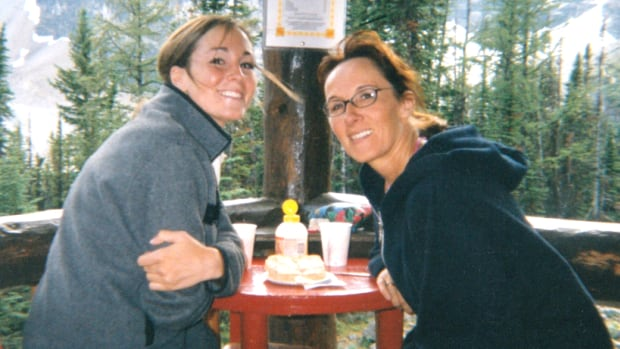 Amanda Lindhout and Lorinda Stewart