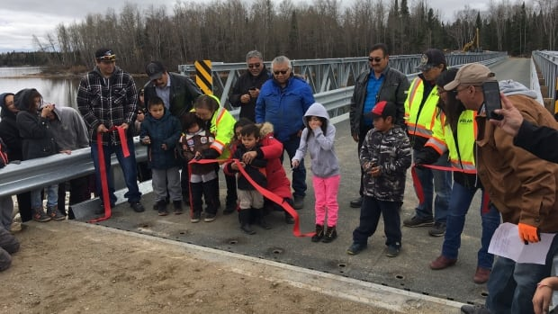 A ribbon cutting ceremony was held on Tuesday to officially open the Wa-Pik-Che-Wanoog Bridge that will give North Caribou Lake First Nation year-round road access.