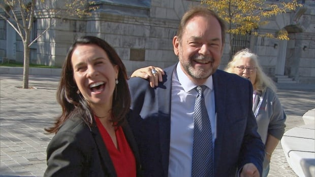 Jean Fortier, right, announced Wednesday that he is suspending his mayoral campaign and backing Projet Montréal's Valérie Plante.