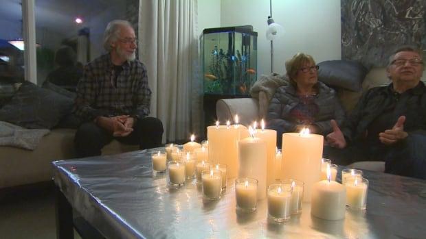 Derksen home candles