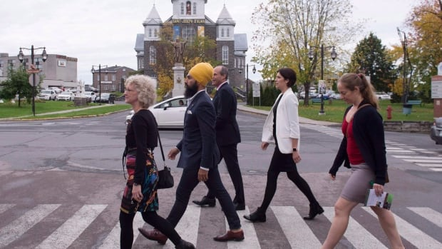 NDP Leader Jagmeet Singh, second from left, with NDP candidate Gisèle Dallaire, left, in the Quebec riding of Lac-Saint-Jean.