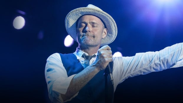 gord-downie-the-tragically-hip-the-hip.jpg
