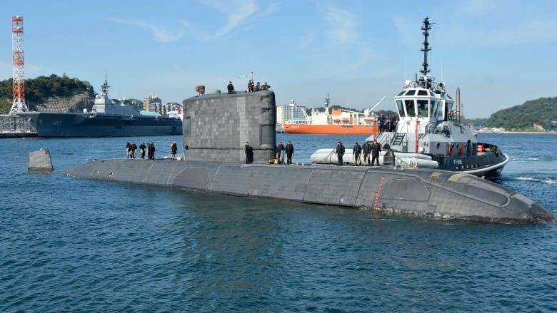 Canada deploys submarine to Japan for the first time in a half